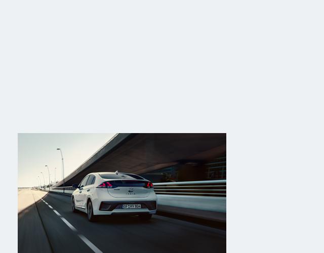 Discover the Hyundai IONIQ Hybrid - Specs & Colours   Hyundai UK